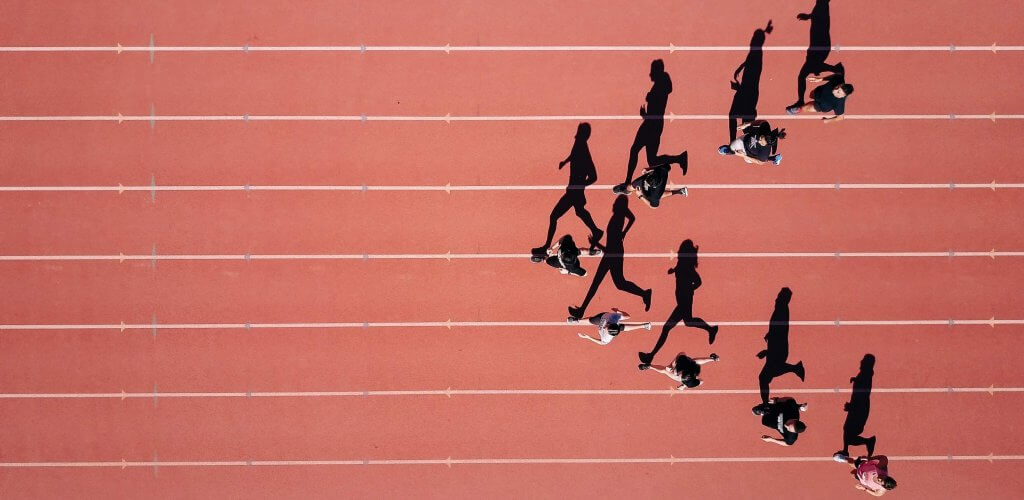 Track runners on track.