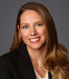 Katie W Desmond Headshot