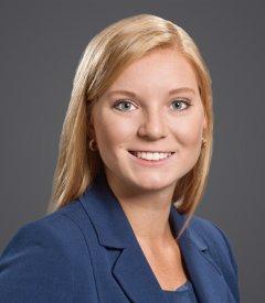 Kirsten Peterson Headshot