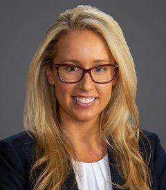 Alexandra R. Hassell Headshot