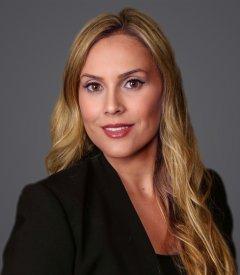Amber L. Roller - Profile Image