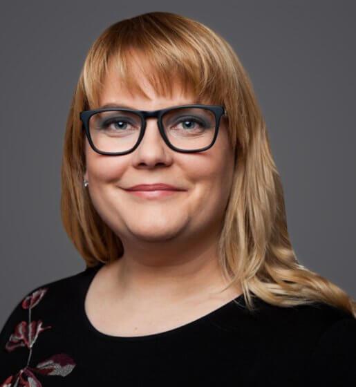 Anja Becher - Profile Image